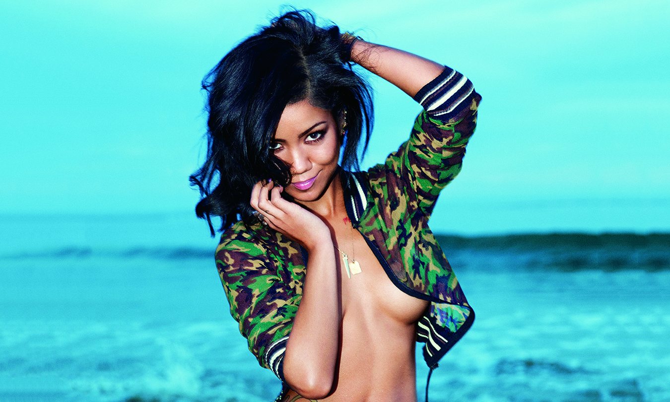 jhene-aiko-poses-for-sexy-photos-in-the-may-gq-talks-debut-album-men-and-smoking-weed-00
