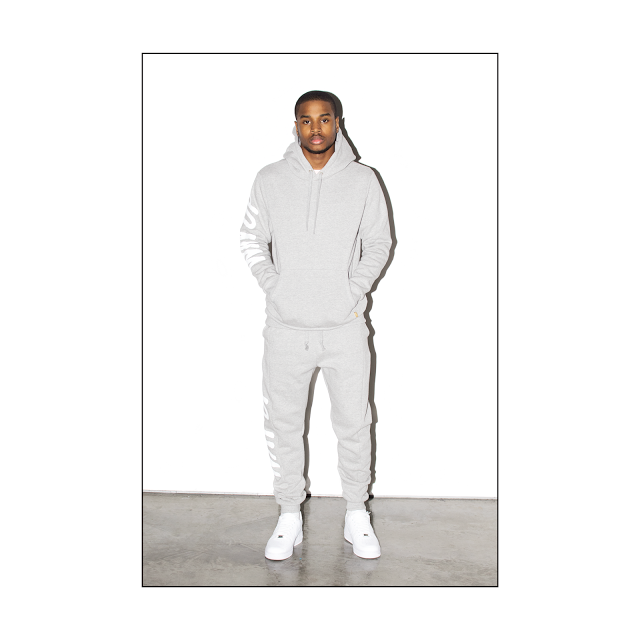 HOLIDAY 2015 LOOKBOOK-006_nz66y4