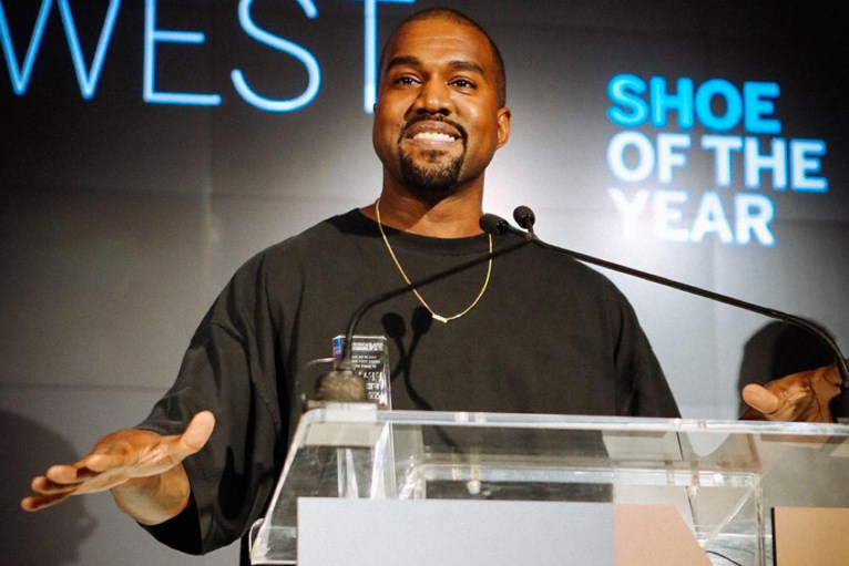 kanye-west-yeezy-boost-fnaa-shoe-of-the-year-award-1