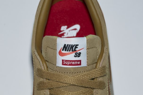 555555-555-fa16-s8_31-blazer_low_sb-golden-093-detail