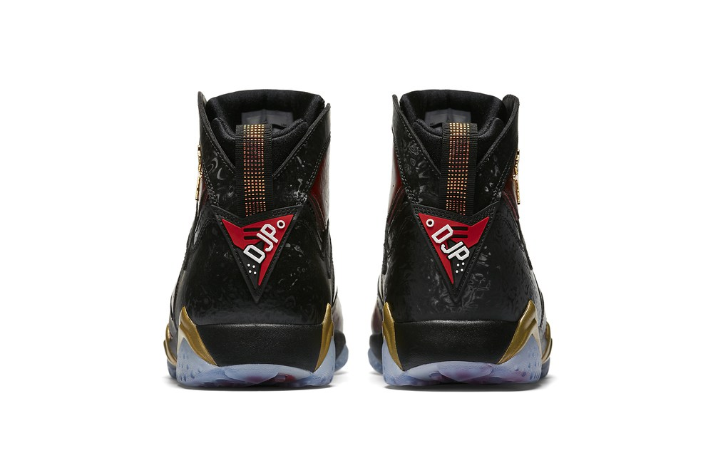 air-jordan-7-doernbecher-2016-6