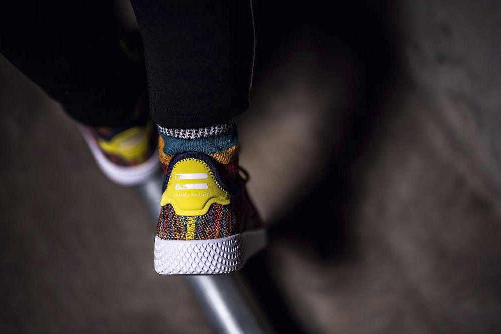 pharrell-adidas-originals-human-race-multicolor-knit-2